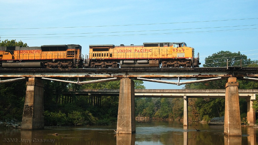 Union Pacific at Resaca